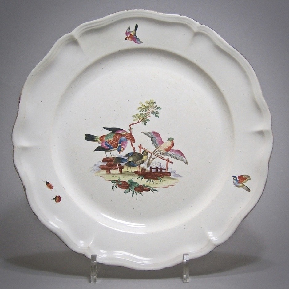 Saint Clement - earthenware dish with birds - Eighteenth Century