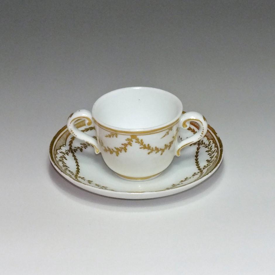 Vincennes (Seguin) - Porcelaine dure - Tasse à toilette - XVIIIe Siècle