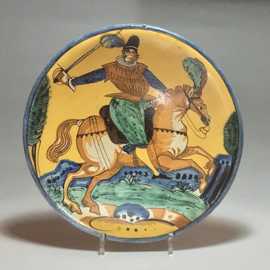MONTELUPO – (Italie) - Plat en faïence décor d'un cavalier -  XVIIe siècle