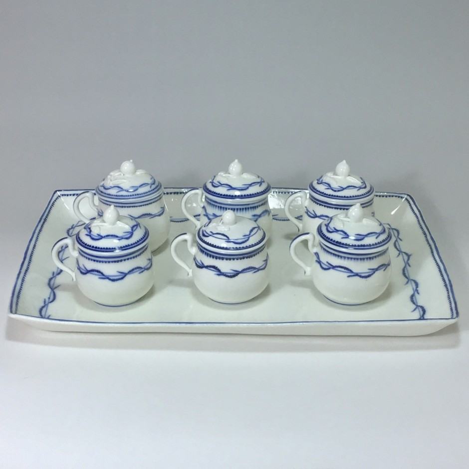 Arras - soft porcelain - Tray and five cream pots - eighteenth century