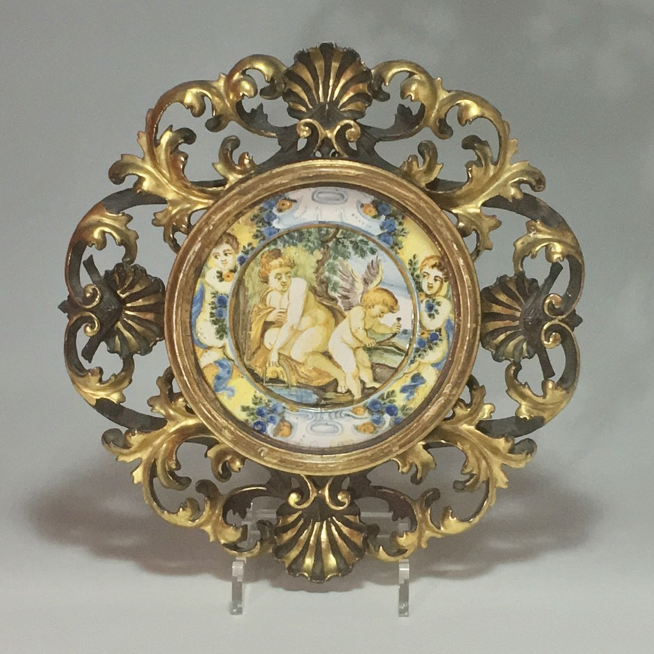 "Castelli - Plate (Tagliere) ""Venus and love"" - eighteenth century"