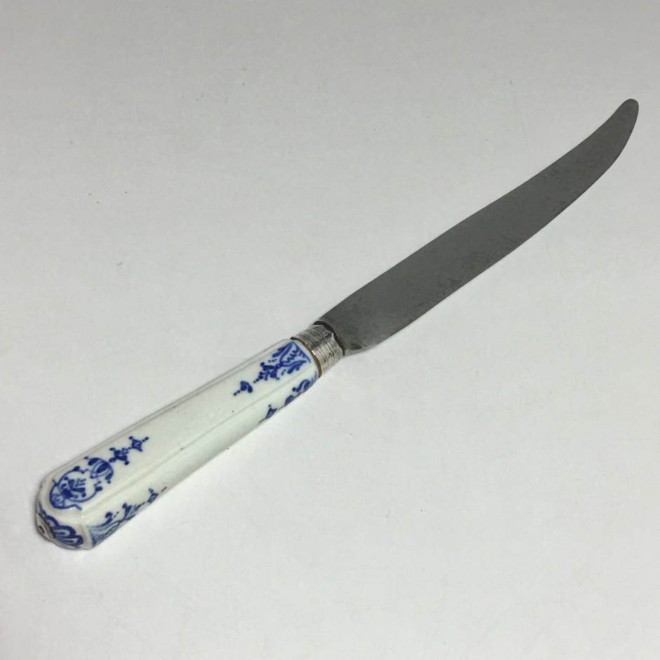 Chantilly - Couteau à décor de lambrequins - XVIIIe siècle