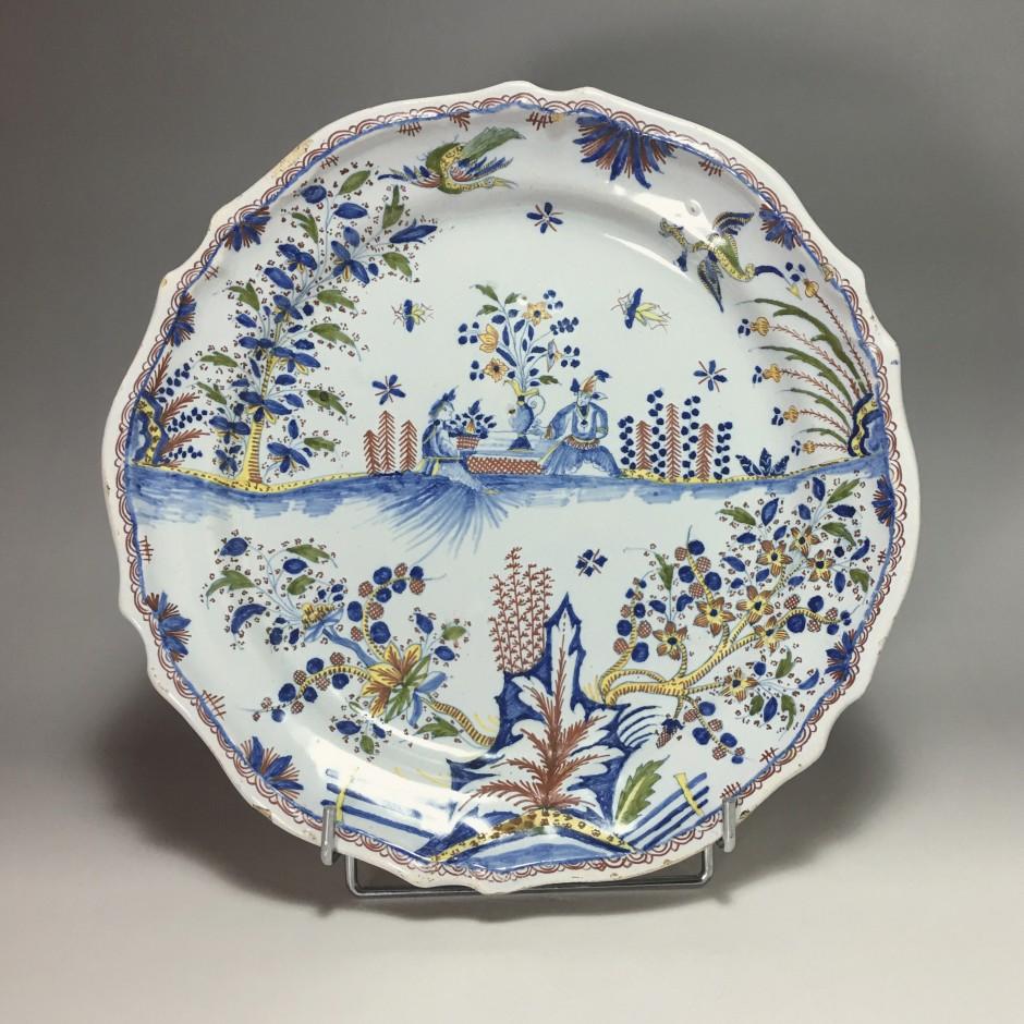 Moulins - Dish Chinese - eighteenth century
