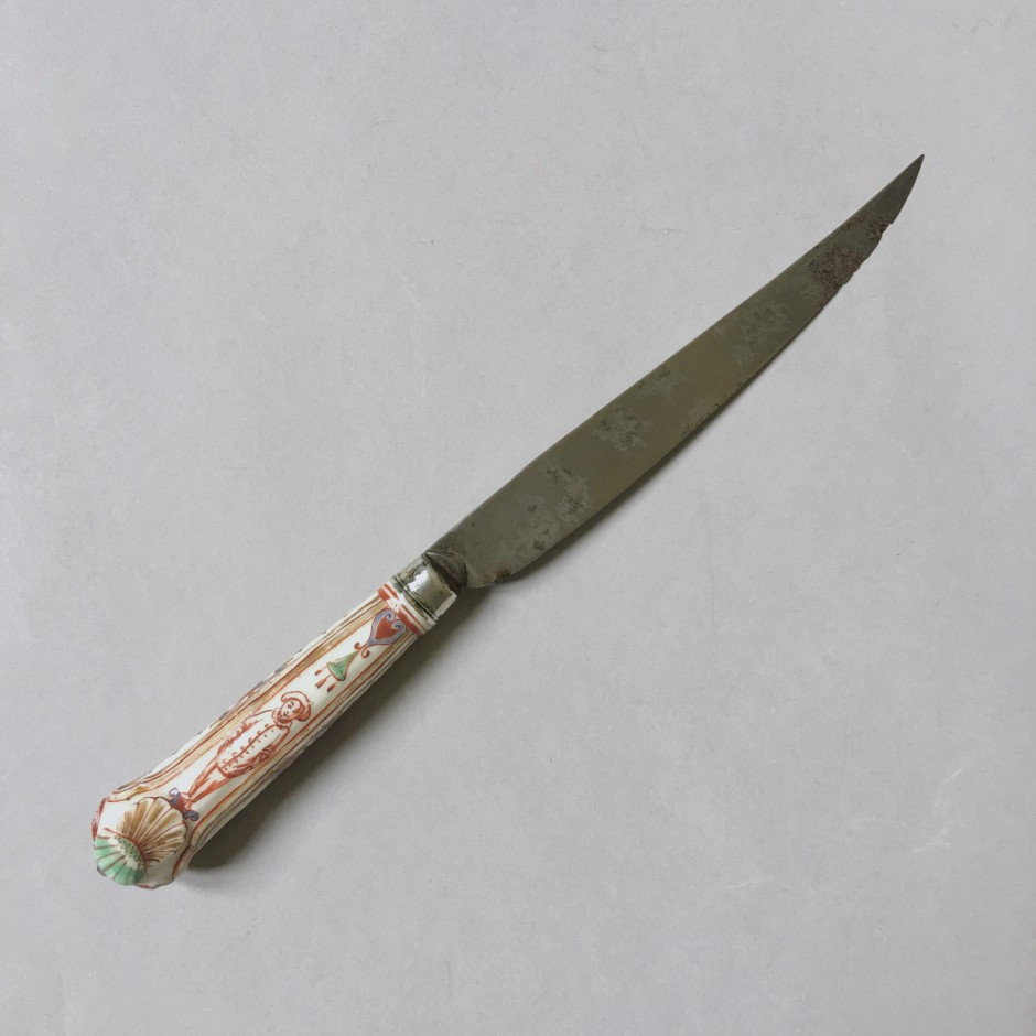 Porcelain knife from Vienna - Manufacture of Du Paquier - Eighteenth century