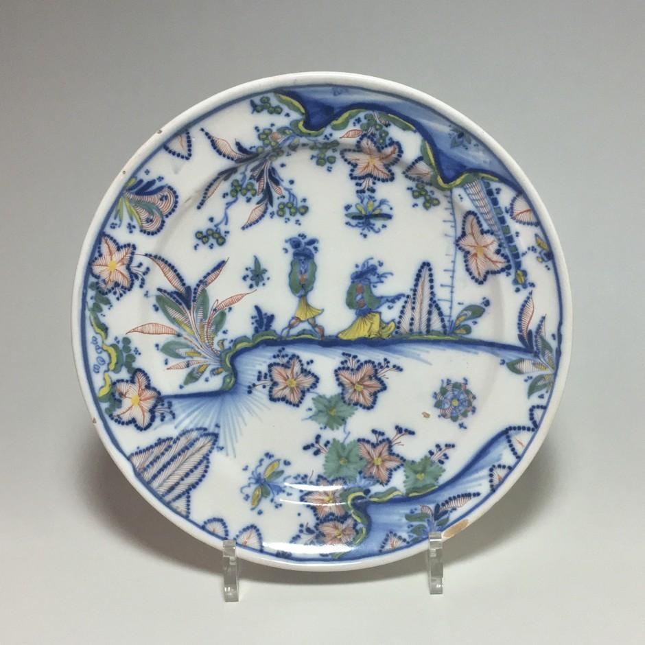 Marseille - Atelier de Leroy - assiette aux chinois - XVIIIe siècle