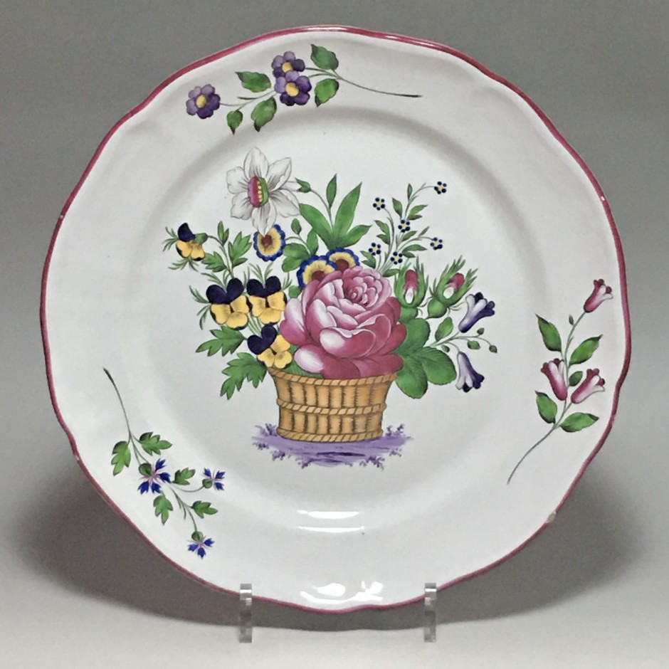 Les Islettes - Dupré period - Dish decorated with a flower basket - Early nineteenth century