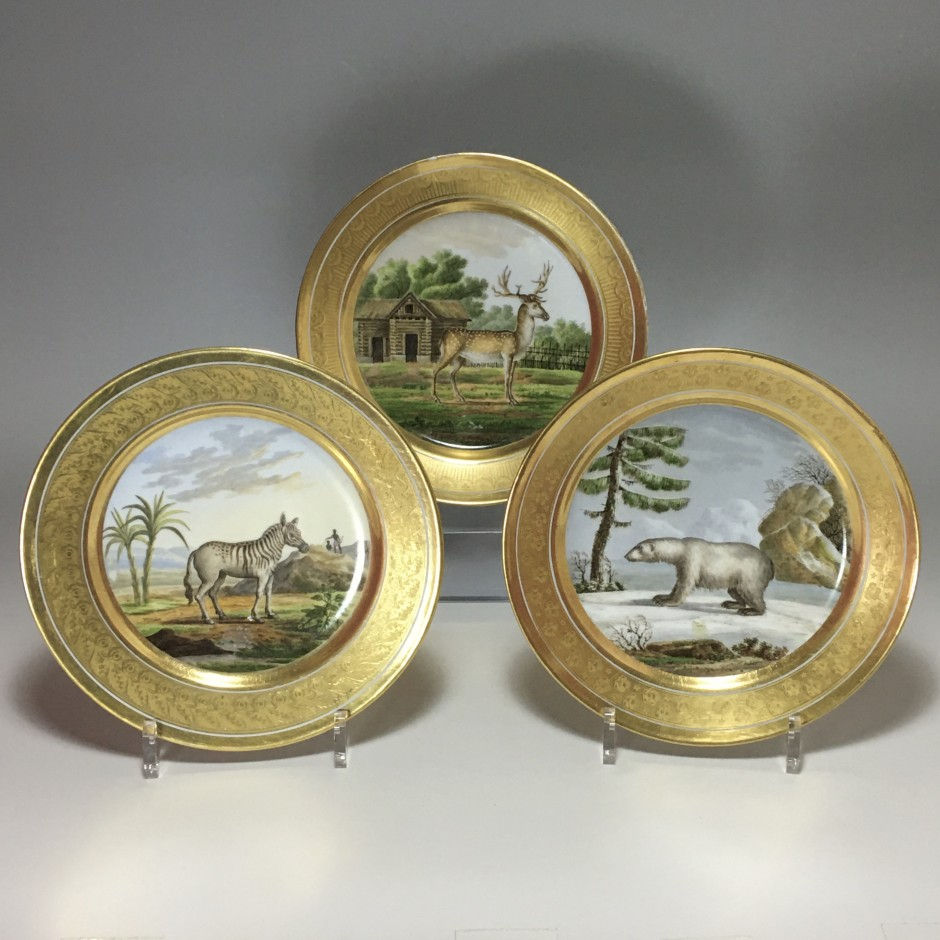 Paris - Three plates with animal decoration - first third of the nineteenth century