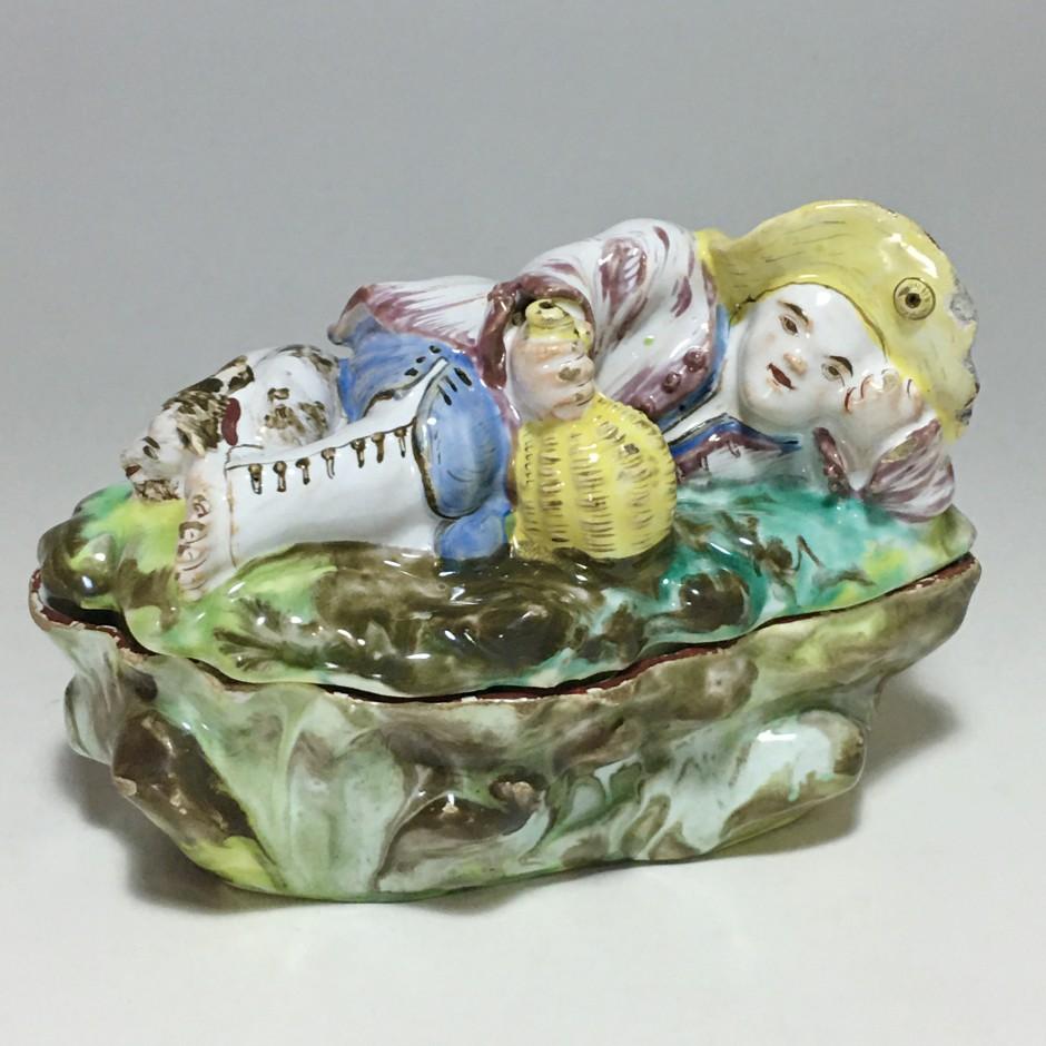 Sceaux – Boîte à épices couverte – Période Chapelle – XVIIIe siècle