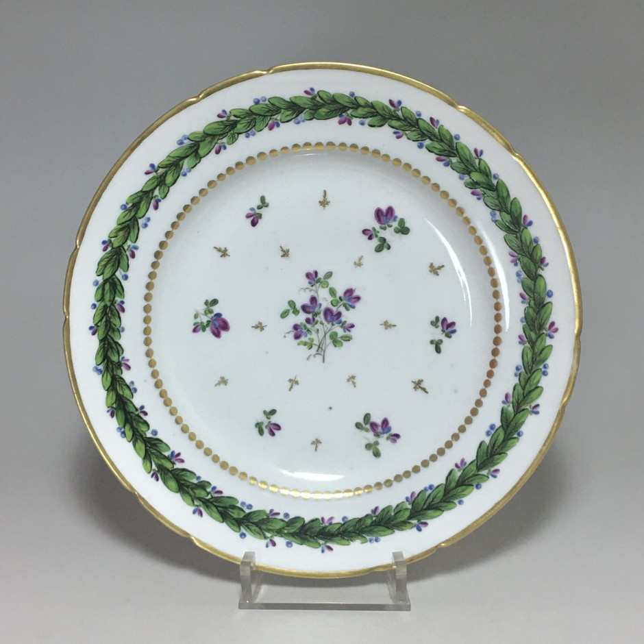 Paris – Assiette en porcelaine (rue du petit carousel) Manufacture du comte d'artois - XVIIIe siècle(1)