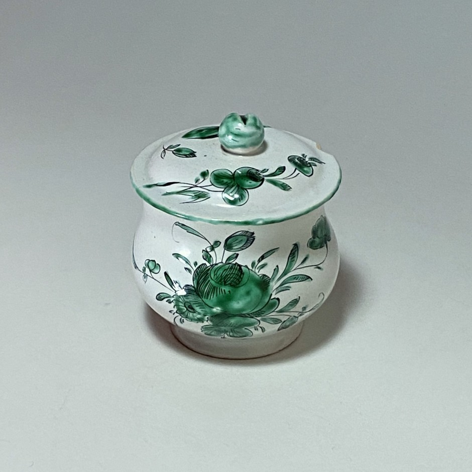 Moustiers and Varages - Creamer pot or juice - eighteenth century - SOLD