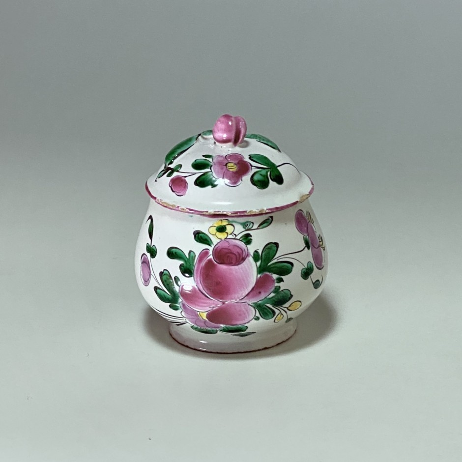 Moustiers - Cream or juice jug - Eighteenth century