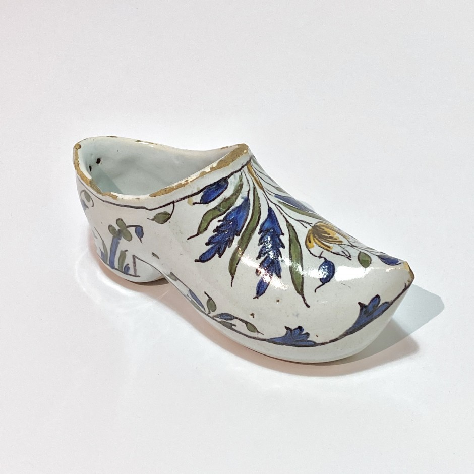 Moulins ou Nevers - Eighteenth century earthenware clog
