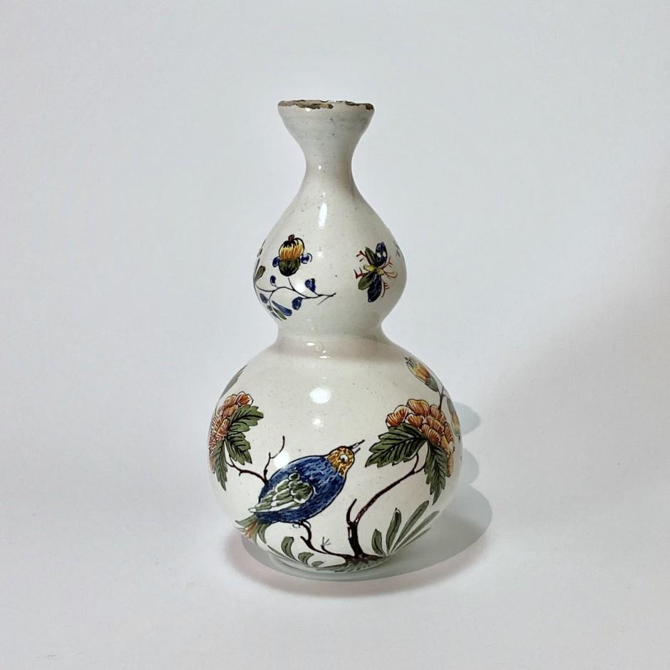 Lille - Earthenware bottle vase - Eighteenth century
