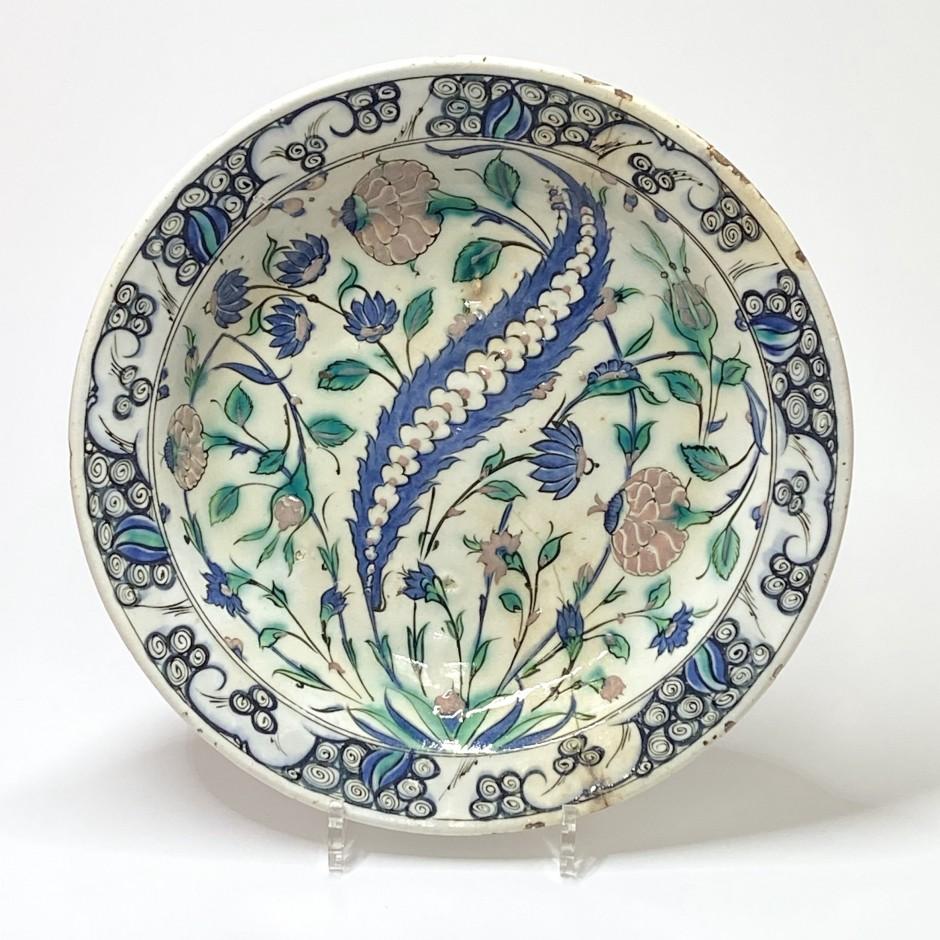 Iznik - Grand plat dit «tabak» - XVIIe siècle