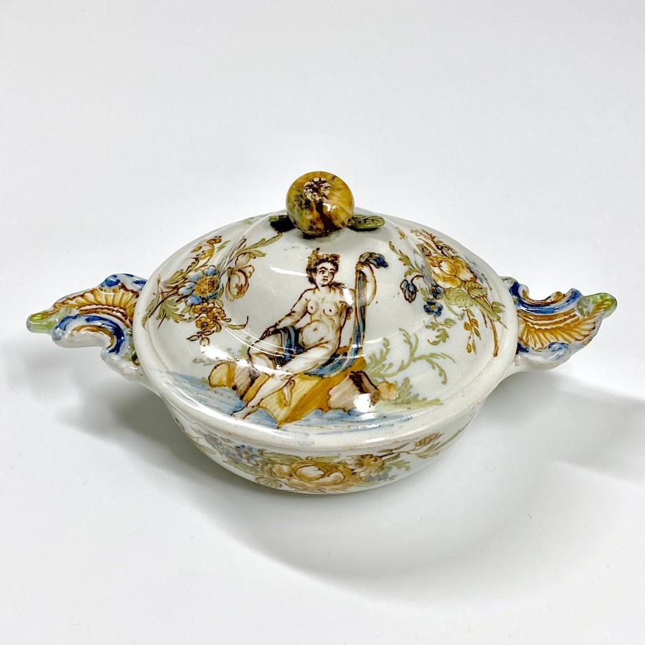 Lyon - Rare écuelle à bouillon - XVIIIe siècle