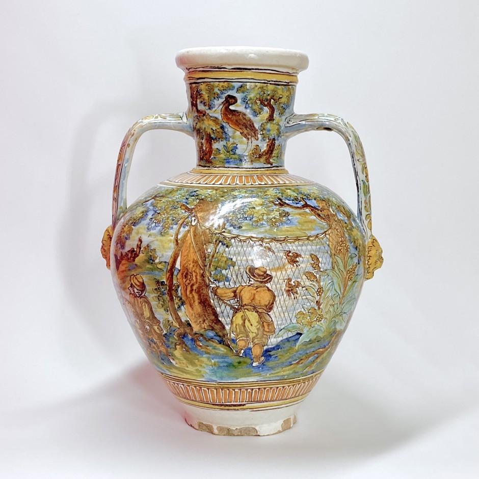Talavera de la Reina (Tolède) - Grand vase à décor de scène de chasse aux oiseaux - 1680-1700