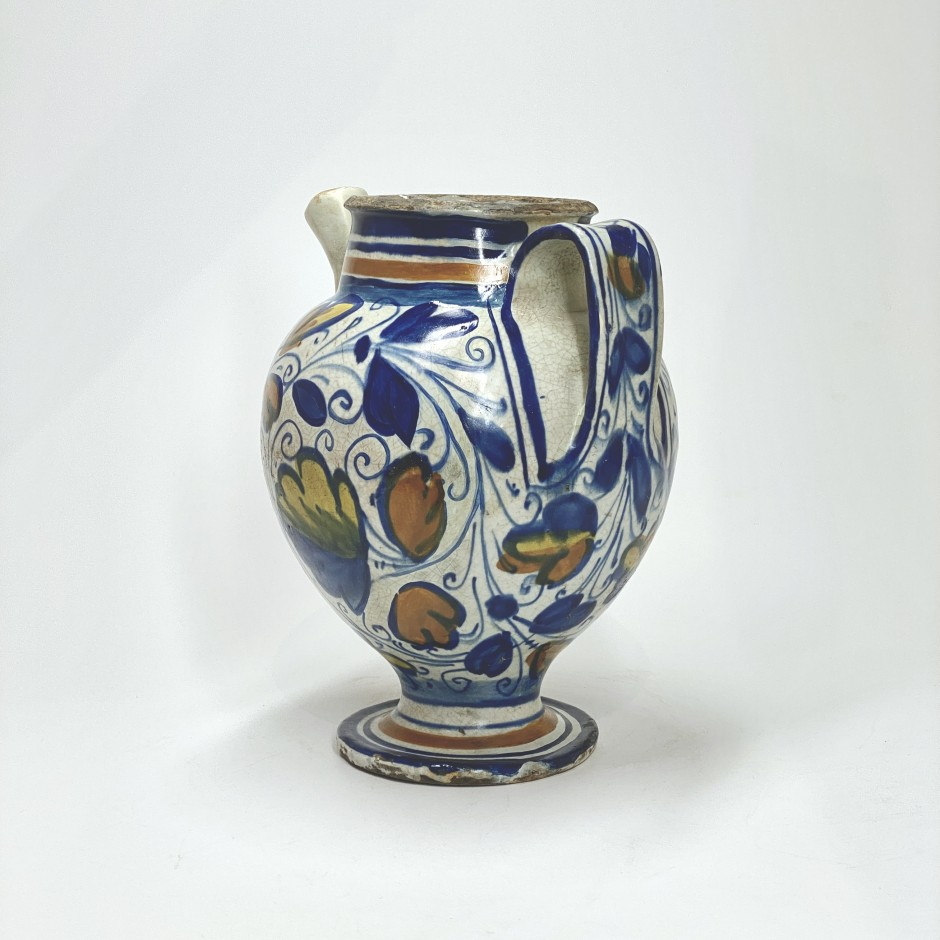 Chevrette in majolica from Lyon - End of the 16th Century