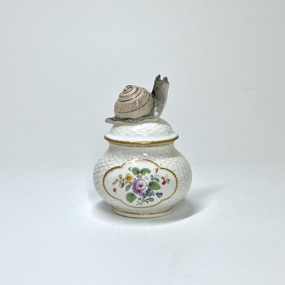 Vienne - Porcelain cream jar - Eighteenth century