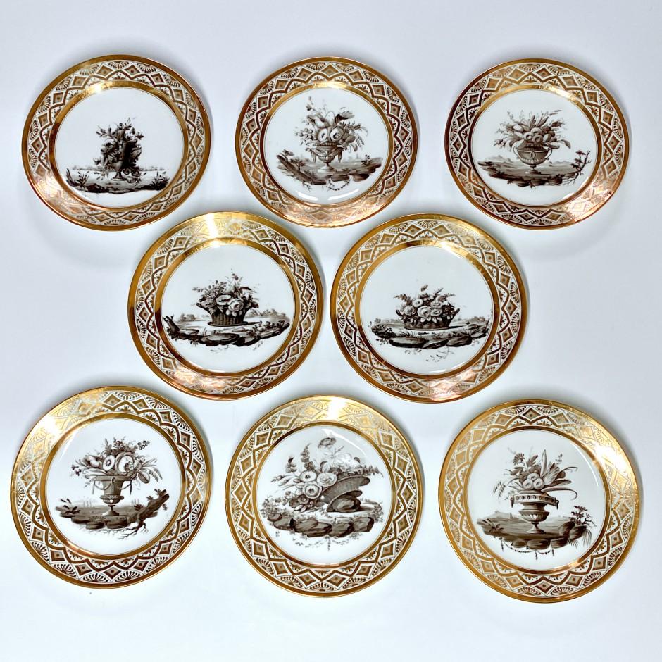 Série de huit assiettes décorées en grisaille - Paris - Pouyat & Russinger - Époque Directoire