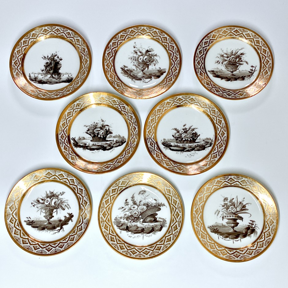 Series of eight plates decorated in grisaille - Paris - Pouyat & Russinger - Directoire period.