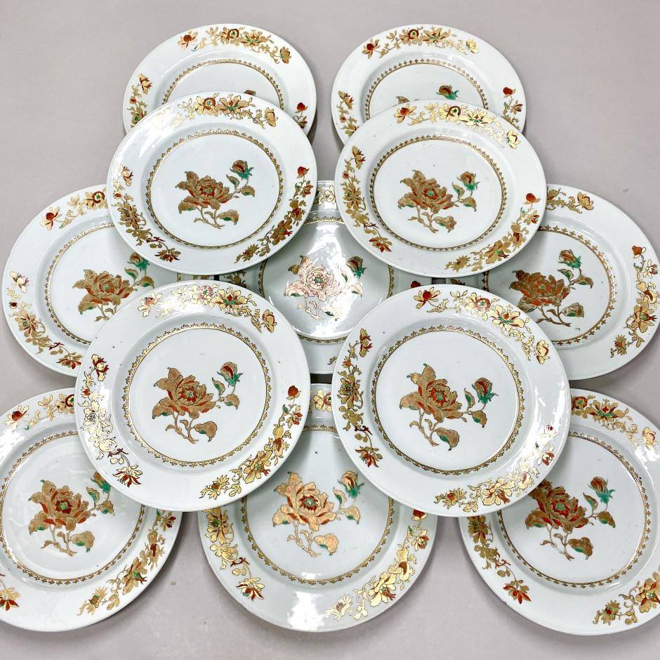 Chine - Suite de douze assiettes - Époque Qianlong