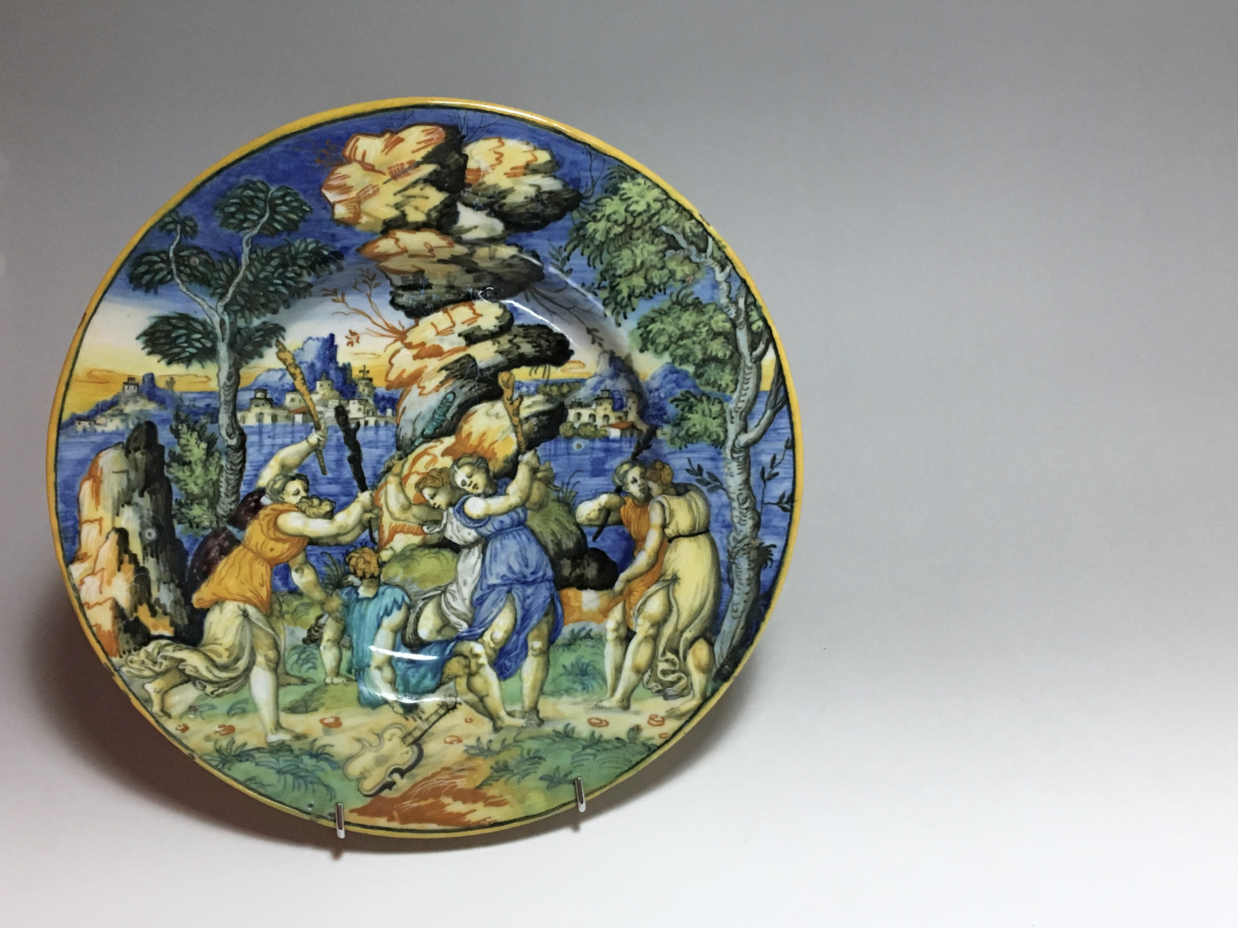 "URBINO - Dish ""a istoriato"" ""Orpheus and the Bacchantes"" School of Xanto - around 1540"