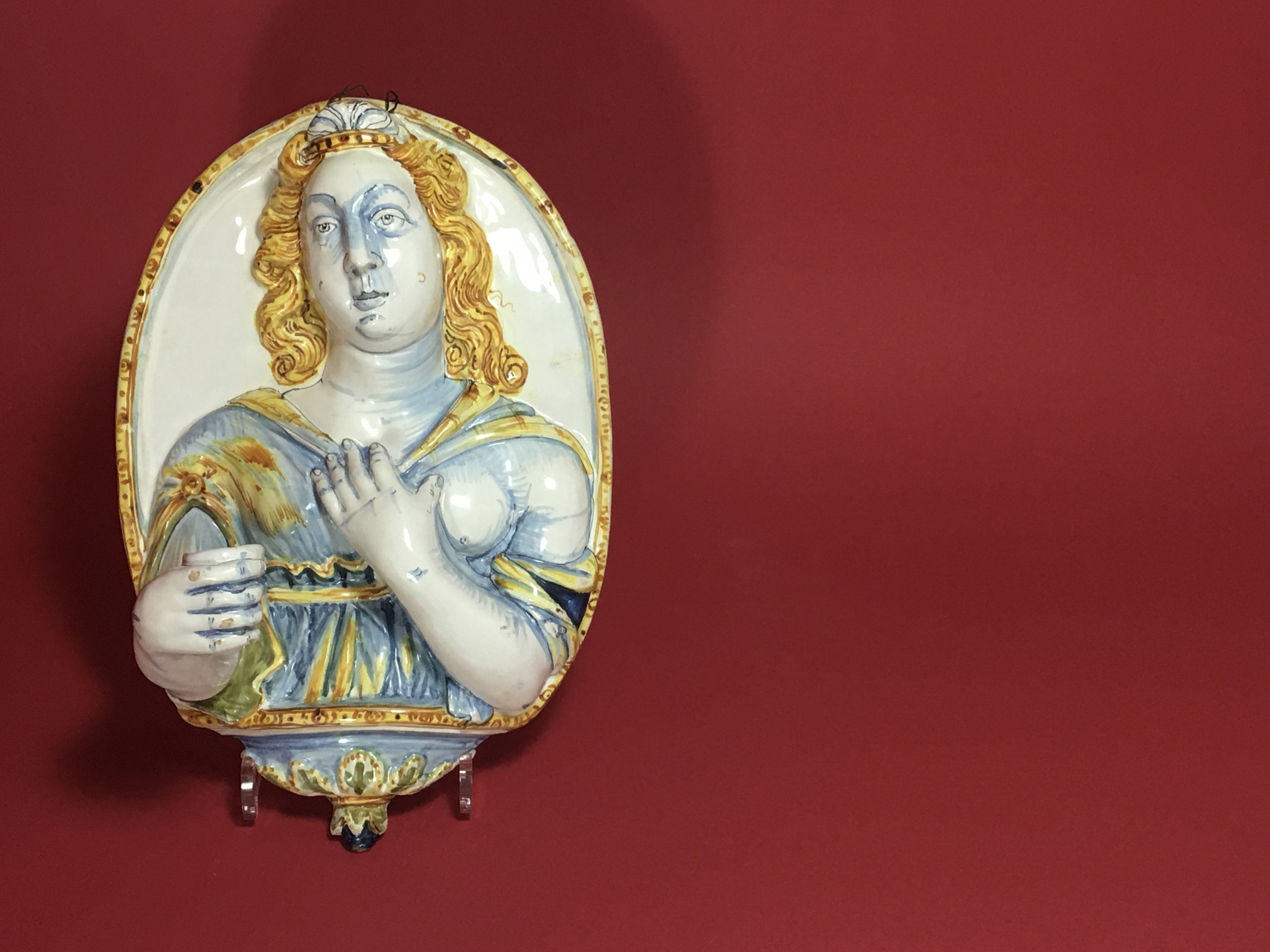 NEVERS - OVAL-SHAPED WALL PLATE FORMING AN ARM OF LIGHT - SEVENTEENTH CENTURY